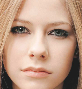 avril_before
